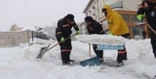 Kar kalınlığı yarım metreye ulaştı