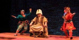 Trabzon Devlet Tiyatrosu Adana'da perde açacak