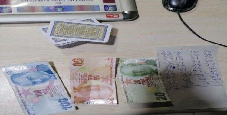 Manisa'da kumar baskını