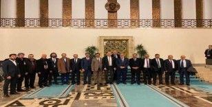 AK Parti Milletvekili Arvas, eski ilçe başkanlarıyla buluştu