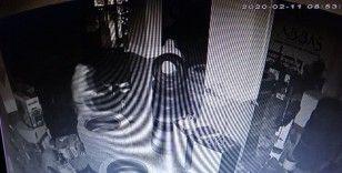 (Özel) Maltepe'de 15 dakikada 30 bin liralık lastik hırsızlığı kamerada