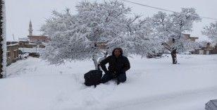 Gercüş'te eğitime kar tatili