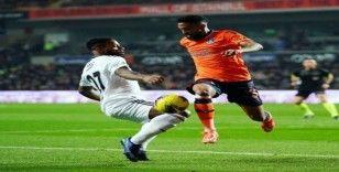 Süper Lig: Medipol Başakşehir: 0 - Beşiktaş: 0 (İlk yarı)
