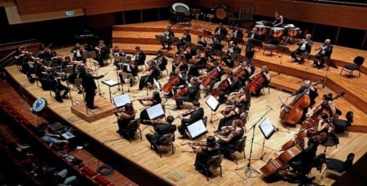 Yaşar Üniversitesi Senfoni Orkestrasından Sevgililer Günü konseri