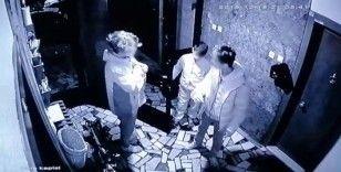 (Özel) İstanbul'da yan keskili çocuk hırsızlar kamerada