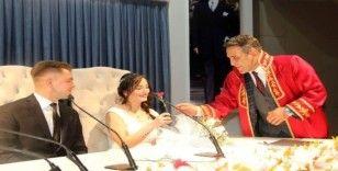 Sevgililer Günü'nde Çankaya'da nikah bereketi