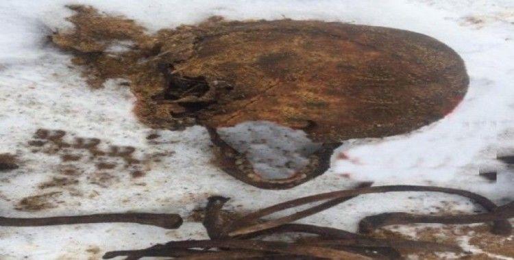 Kavşak yapımı sırasında Rus mafyası üyelerinin iskeletleri ortaya çıktı