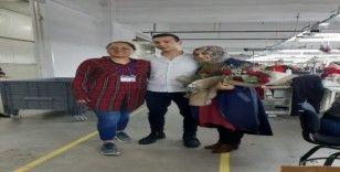 Tekstil işçisinden unutulmaz evlilik teklifi