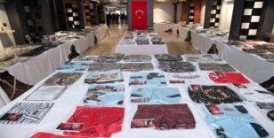 Devlet büyükleri ve şehitlerin eşyaları Gaziosmanpaşa'da sergileniyor