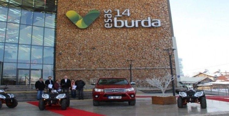 14 Burda'nın hediye araçları sahiplerine teslim edildi