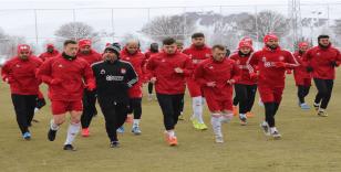Sivasspor, Alanya mesaisini 3 eksikle sürdürdü