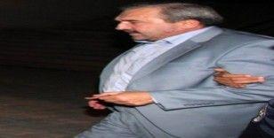Firari başkan sahte kimlikle yakalandı