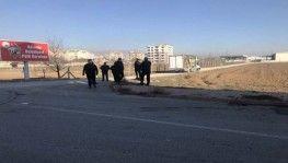 Konya'da kamyonet yan yattı