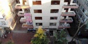 Avcılar'da hasarlı binaların yıkımına imza engeli