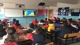 Öğrencilere güvenli internet eğitimi verildi