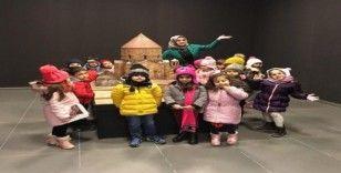 Anaokulu öğrencileri Van Müzesini gezdi