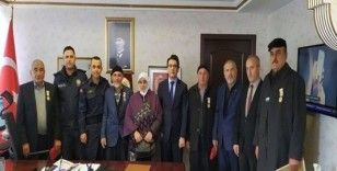 Kıbrıs gazilerine devlet övünç madalyası verildi