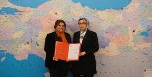 AK Parti Bilecik'te yeni kadın kolları başkanı belli oldu