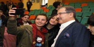 Başkan Deniz Köken, gençlerle buluştu
