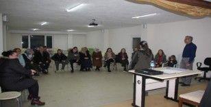 Halk Eğitim bünyesinde ücretsiz olarak işaret dili öğreniyorlar