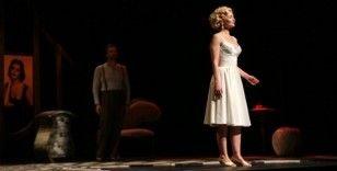 'Dali'nin Kadınları' Maltepe'de sahnelendi