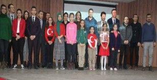 Manyas'ta İstiklal Marşı okuma yarışması yapıldı