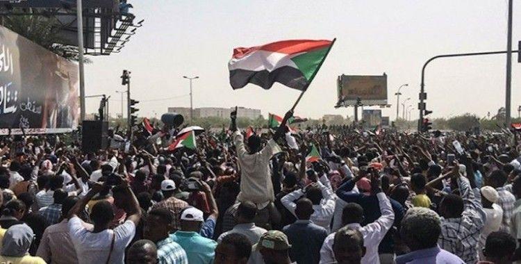 Sudan'da protestolar yeniden alevlendi
