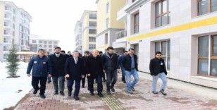 Bakan Yardımcısı Suver, Yeşilyurt'ta kentsel dönüşüm projelerini inceledi
