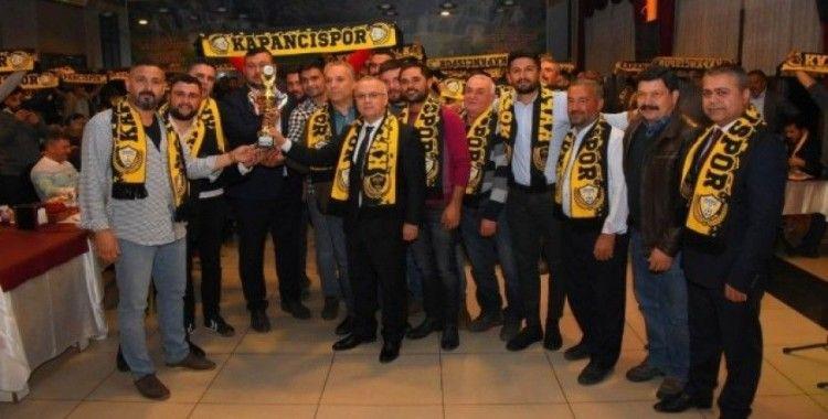 Salihli Kapancıspor süper amatöre yükselişini kutladı