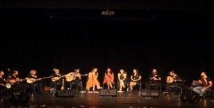 Ezgi Müzik Topluluğu Kırşehir'de, 3 okula eğitim desteği sundu