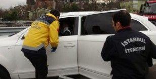 Sancaktepe'de lüks cip beton bariyerlere girdi: 1 yaralı