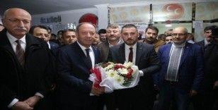 Başkan Oprukçu resmi MHP üyelik formunu imzaladı
