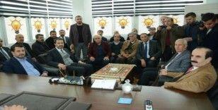 AK Parti Derecik İlçe Başkanlığı yeni yerine taşındı