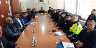 Alaşehirli otobüs sürücüleriyle güvenlik toplantısı yapıldı
