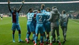 Trabzonspor bir puanı son anda kurtardı, yeniden zirveye çıktı