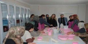 Suriyeli kadınlar meslek sahibi oluyor