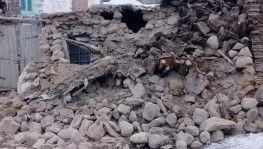 İran'daki deprem Van'da hasara neden oldu