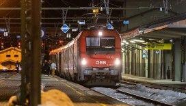 Avusturya'dan İtalya'ya tren seferlerini durdurma kararı