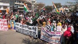 Hindistan'da Trump'ın ziyareti öncesi vatandaşlık yasası protestosu