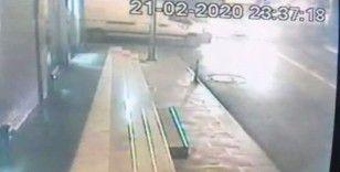 (Özel) Alkollü sürücünün ortalığı savaş alanına çevirdiği kaza kamerada