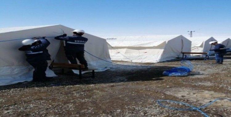 VEDAŞ çadırkentlere enerji verdi