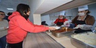 Anne Eli'nde yemek servisi 2 Mart'ta yeniden başlıyor