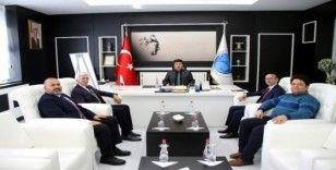 Rektör Karacoşkun Türk Ocakları yöneticileri ile bir araya geldi
