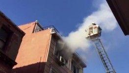 Fatih'te butik otelde yangın paniği