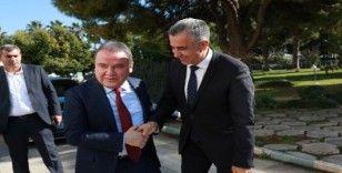 """Başkan Böcek: """"Antalya için el ele verip birlikte çalışacağız"""""""