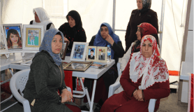 HDP önündeki eyleme 3 aile daha katıldı