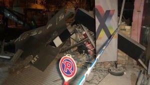 Başkent'te 3 katlı hırdavatçı dükkanı çöktü