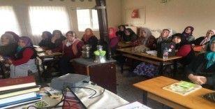 """Kadın çiftçilere """"Sağlıklı Üret, Güvenle Tüket"""" eğitimi"""