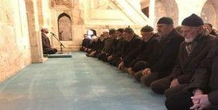 İdlib şehitleri için Yasin'i Şerif okundu