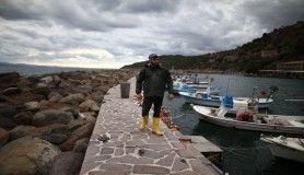 Düzensiz göçmenlerin geçişinde balıkçılar göreve hazır